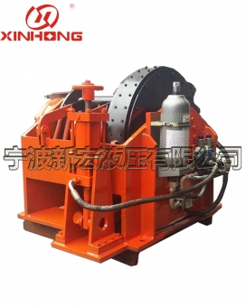 Inner surge hydraulic winch